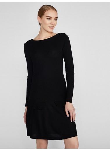 Vekem-Limited Edition Kayık Yaka Triko Elbise Siyah